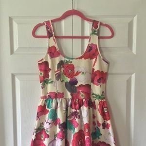 Zara Poppy Floral Short Dress